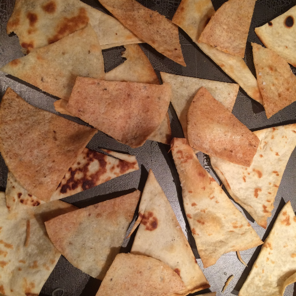 Oven-baked corn and flour tortilla chips