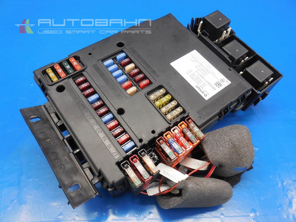 fortwo passion pure 2008 2015 oem complete fuse box relay board rh autobahnsmart com 1999 Lincoln Town Car Fuse Box Diagram Smart Car Fuse Box Location