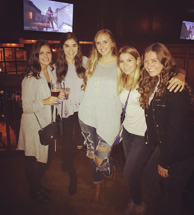 Old habits die hard & old friends party harder. #kkg #pourhouse #chicago #homeiswhereyourfriendsare
