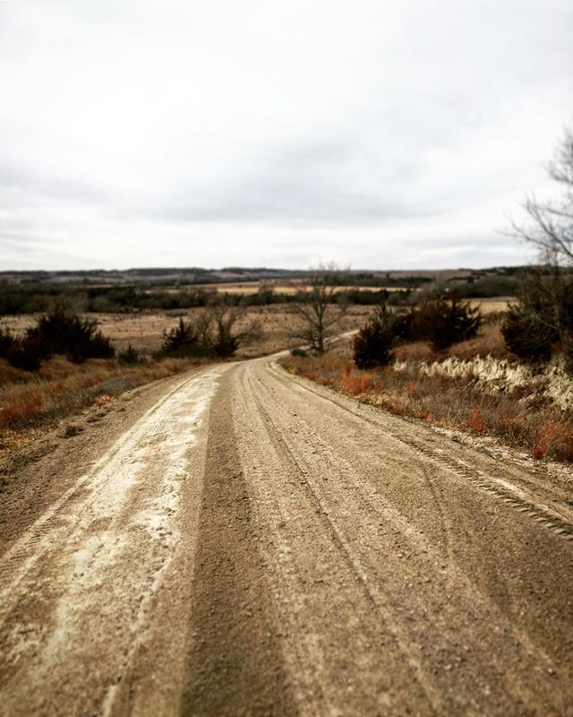 Where are you headed in 2018? . . . . #nebraska #holidayfeels #roadpics #newpath #december #rollinghills #dirtroads #secondhome #morningwalk