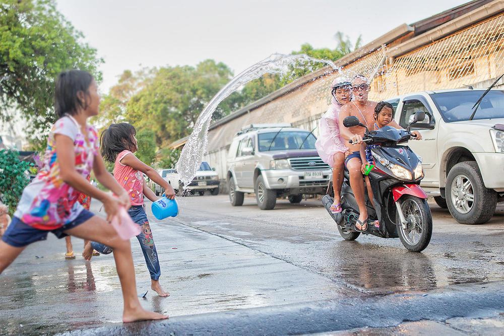 Songkran11.jpg