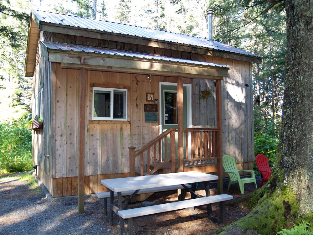 Bear Glacier Cabin Sleeps 6