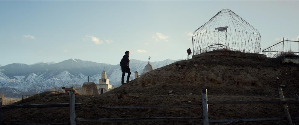 Завещание отца - Кыргызстан   Официальное представление на Оскар в номинации Фильм на иностранном языке  Официальное представление на Золотой глобус в номинации Фильм на иностранном языке