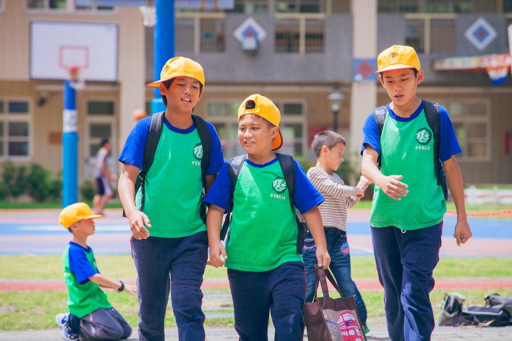 Дети, держитесь! - Тайвань Официальное представление на Оскар в номинации Фильм на иностранном языке Официальное представление на Золотой глобус в номинации Фильм на иностранном языке