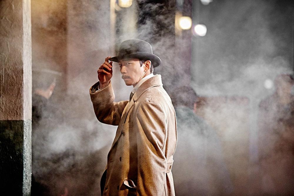 """""""密探"""" - 韩国 THE AGE OF SHADOWS - SOUTH KOREA    奥斯卡官方提交外语电影奖 金球奖官方提交最佳外语电影奖"""