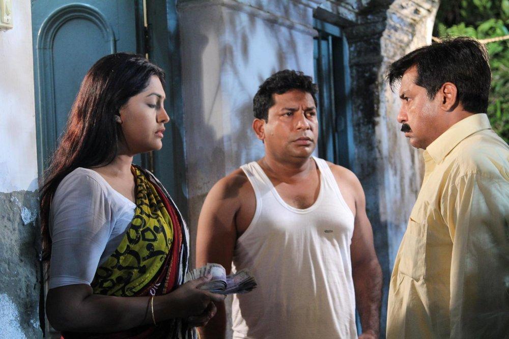 Без имени - Бангладеш Официальное представление на Оскар в номинации Фильм на иностранном языке Официальное представление на Золотой глобус в номинации Фильм на иностранном языке