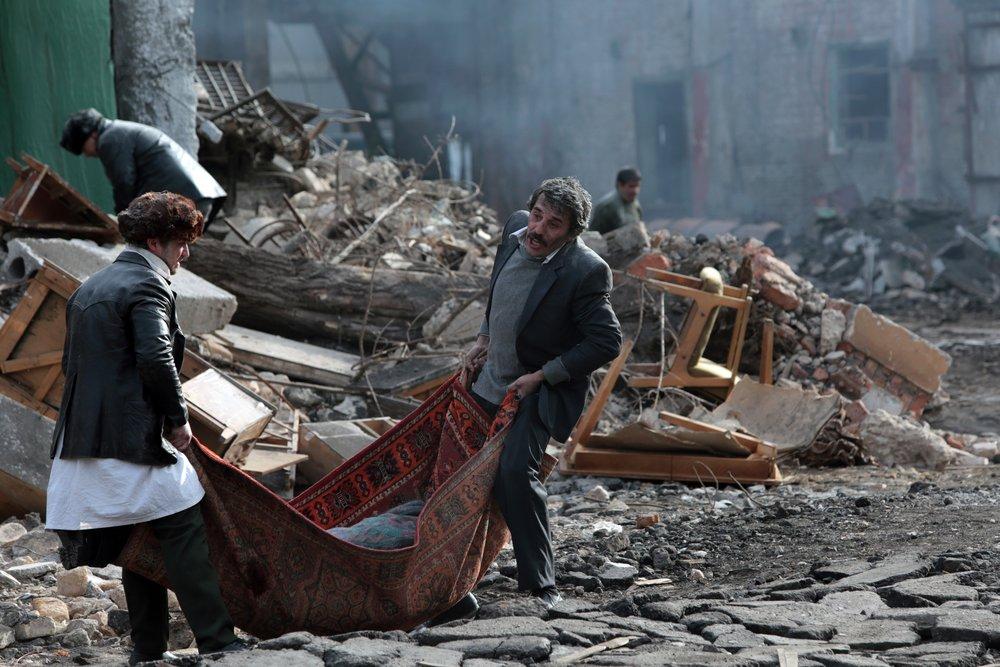 Землетрясение - Армения Официальное представление на Золотой Глобусв номинации Фильм на иностранном языке