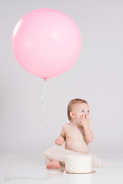 First-Birthday-Smash-Cake-Photography-Monarch-Studio-St-Augustine-Florida_0025.jpg