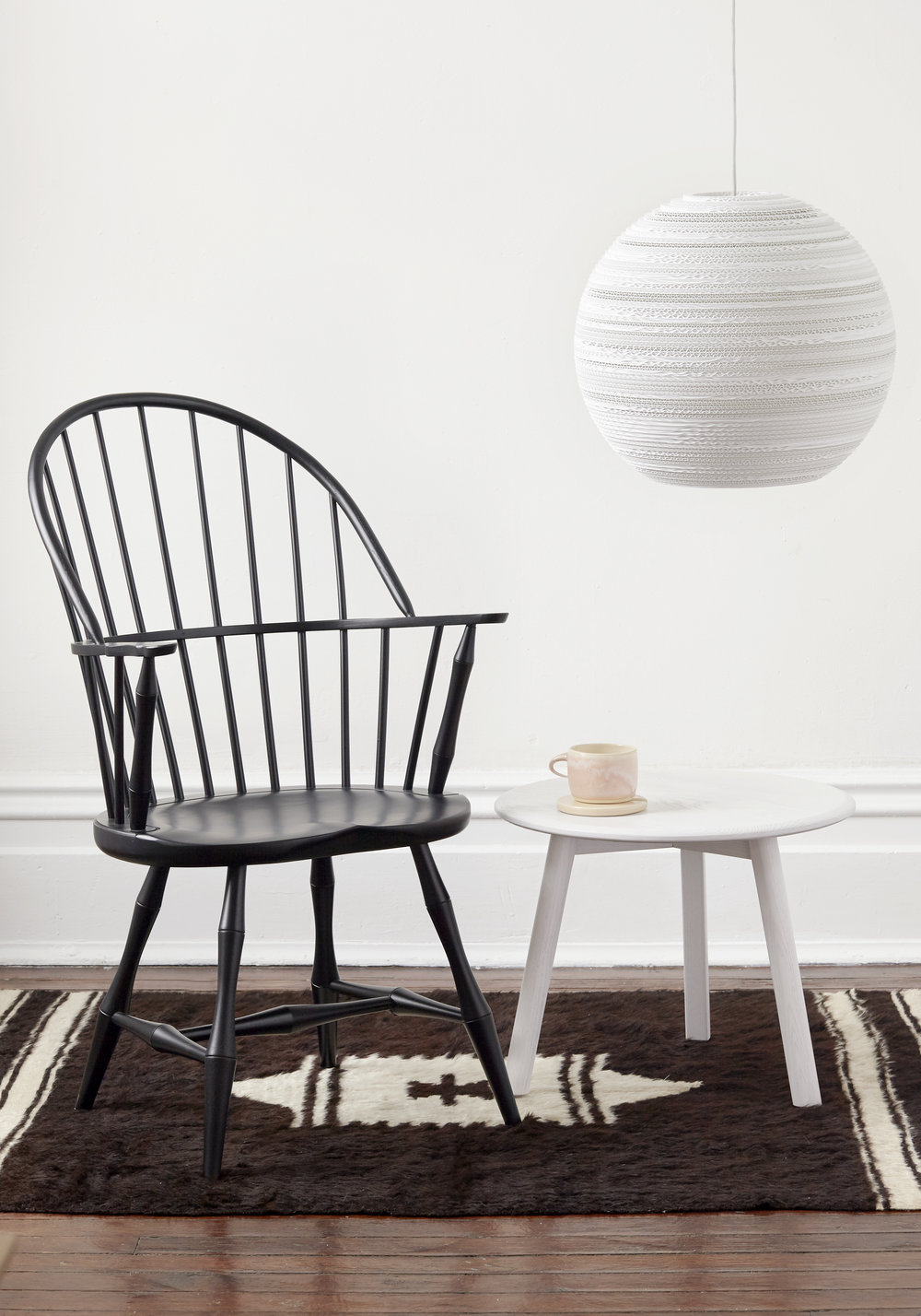 BF home windsor chair and kit side table