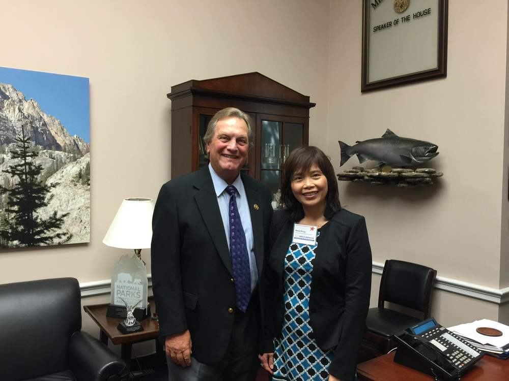 Meeting with Representative Mike Simpson in his Washington office
