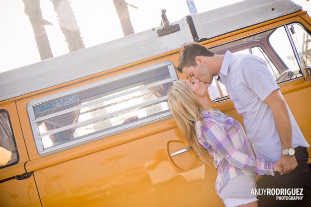 newport-beach-engagement-photos-02