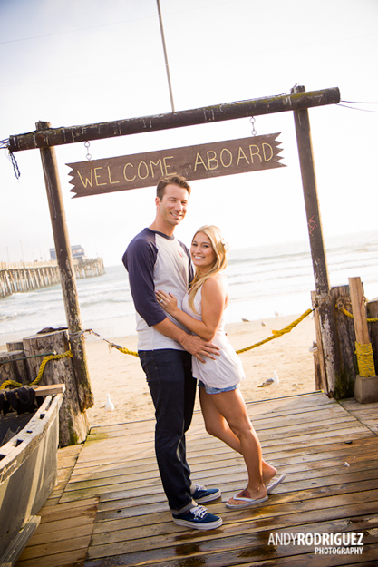 newport-beach-engagement-photos-14