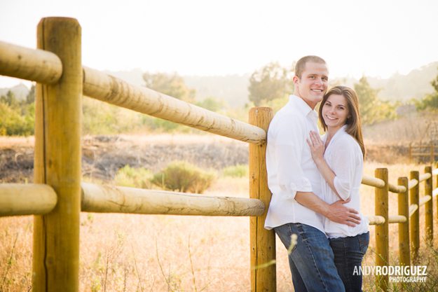 peters-canyon-engagement-photos-04