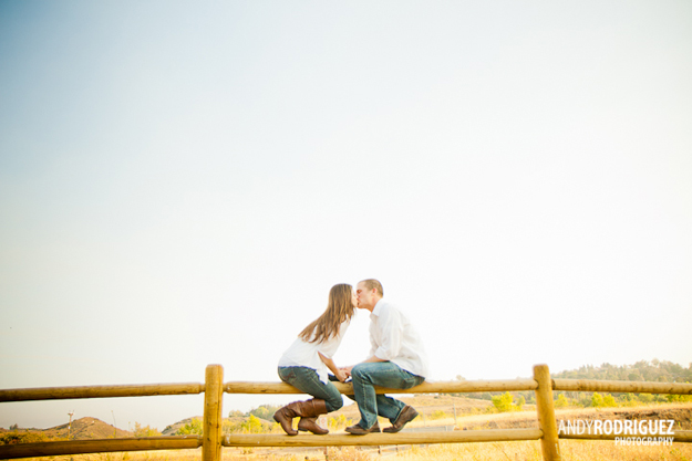 peters-canyon-engagement-photos-08