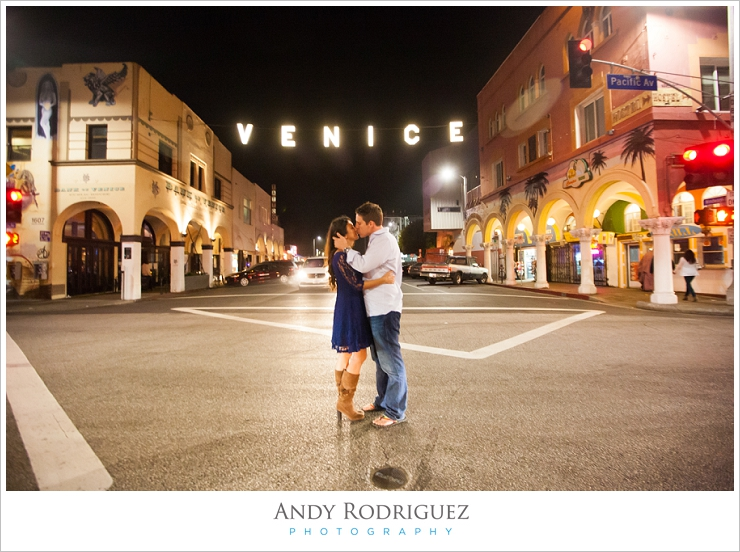 venice-beach-engagement-photos_0017.jpg