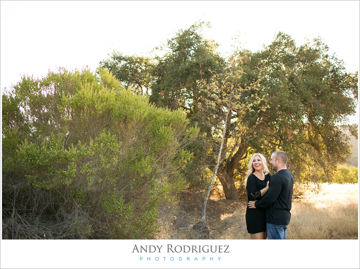 laguna-beach-trail-engagement_0004.jpg