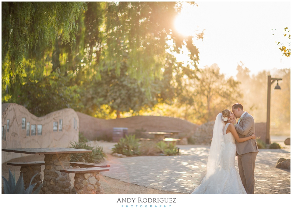 Bride and Groom - Los Rios District