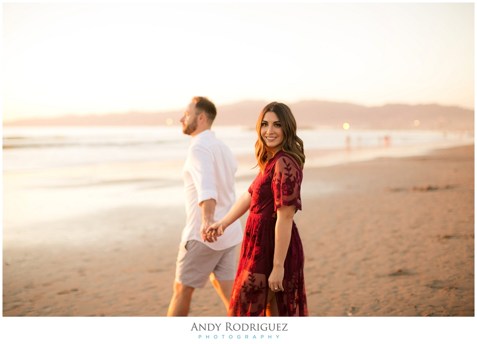 venice-canals-engagement-photos-vanessa-neil_0022.jpg
