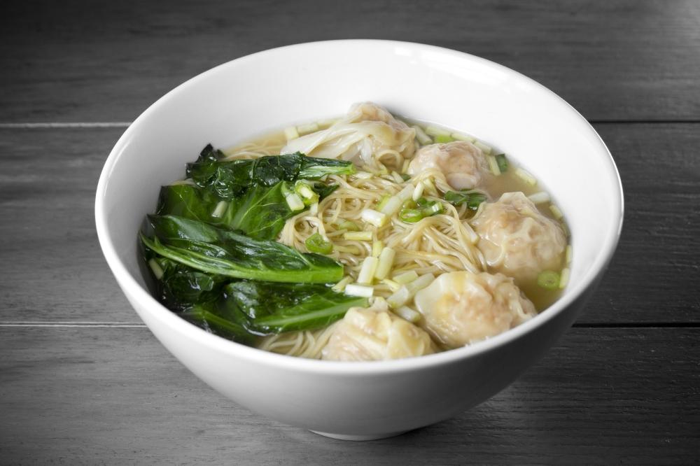 Hong Kong Style Pork & Shrimp Wonton Noodle