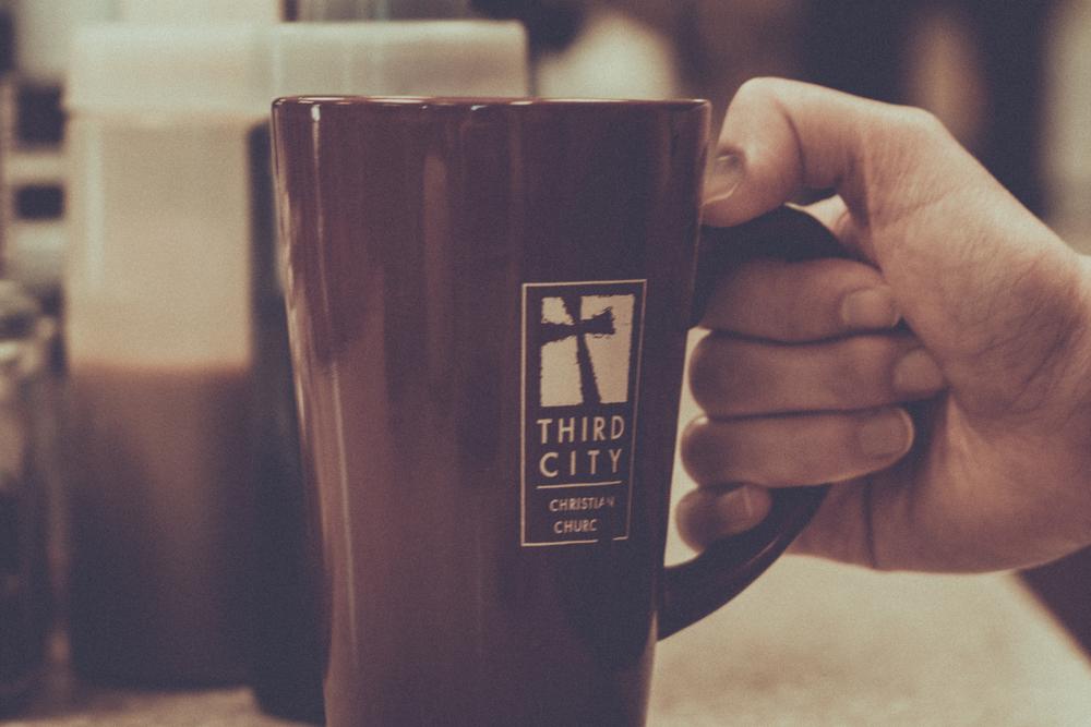 coffe-hand-1.jpg