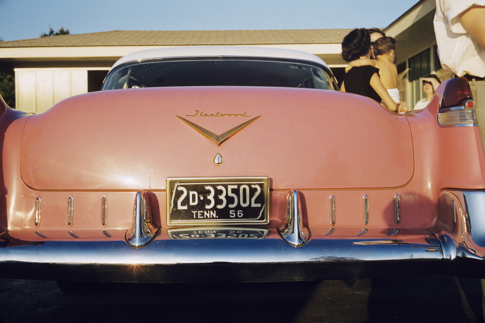 The pink Cadillac in the driveway was a gift to Gladys Presley, who didn't drive.