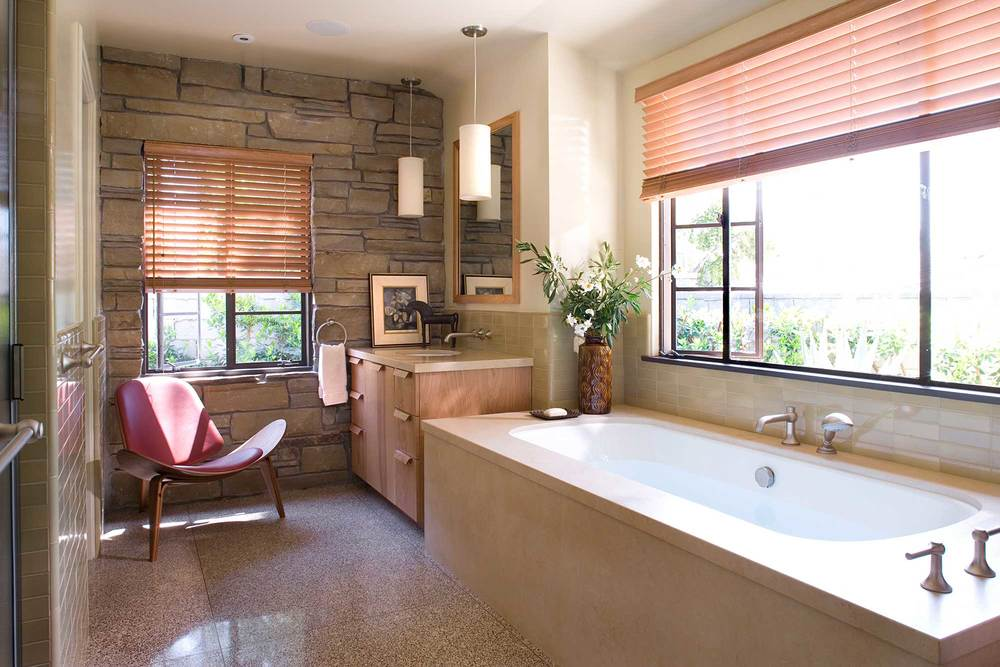 JamieBush_LaCanadaRanch_bathroom.jpg
