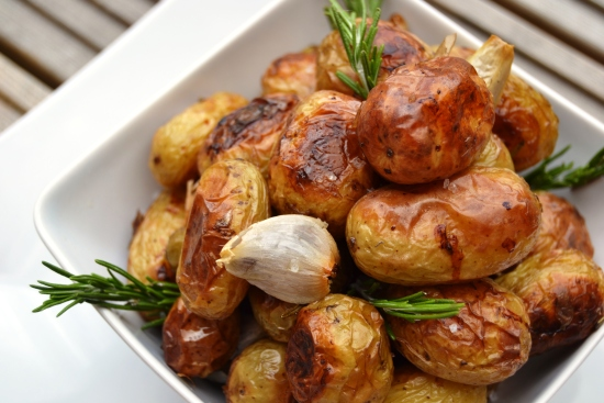 Roast New Potatoes with Garlic and Roseemary.jpg