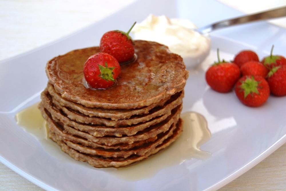 Oat cinnamon and honey pancakes.jpg