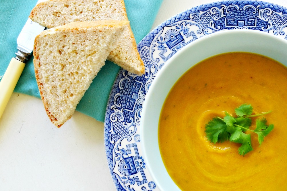 Easy Carrot and Coriander Soup