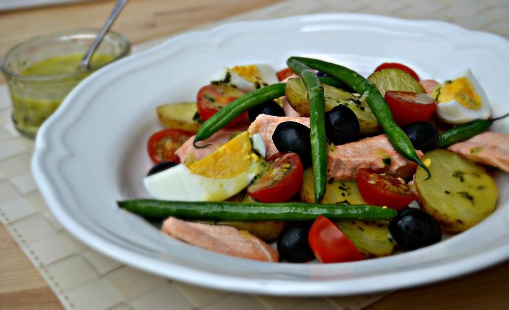 Salmon Salad Niçoise.jpg