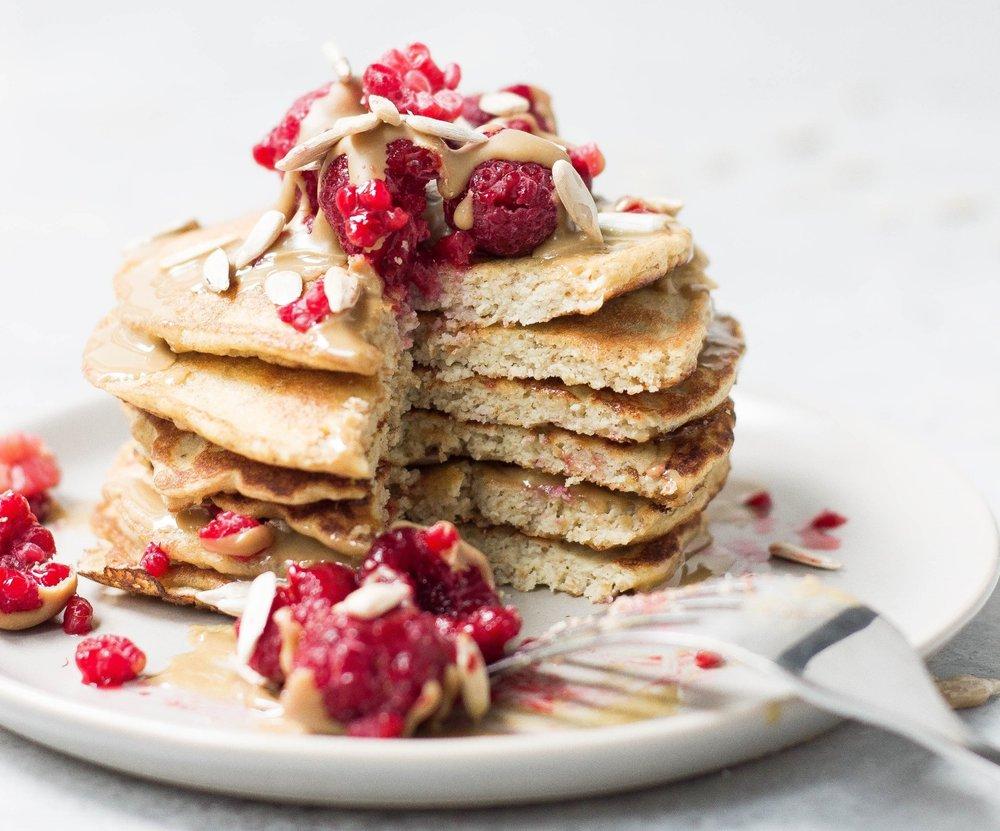 oat cinnamon honey pancakes.jpg
