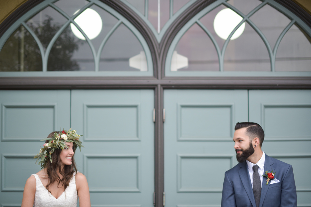 Venue:  Union/Pine  Planner:  Bridal Bliss   Photography:  Newspin Photography   Rentals:  Commonwealth  +  Something Borrowed  Catering: Kalua Brothers  Dessert:  Blue Star Donuts  Floral:  Carrie Newson   DJ:  Chad Dowling Productions