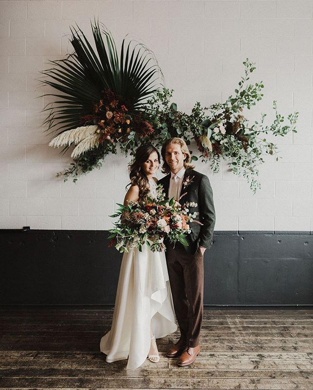 @solabeeflowers really killed it with this one! This gorgeous couple looks even more beautiful surrounded by these insane arrangements 💐 #weddinginspo #portlandflorist #portlandeventspace #pdxwedding #pdxcouple #unionpine 📷: @alixann_loosle_photography
