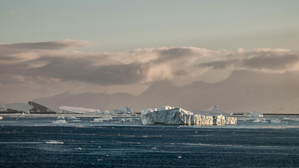 Gerlache-Strait-3.jpg
