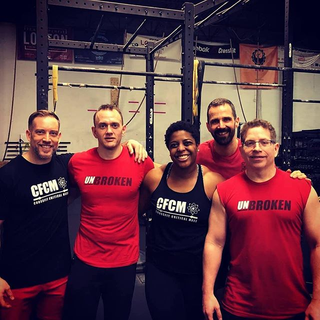 Congratulations to our athletes and coaches that competed at the Masters of the Universe competition at CrossFit Lorton.  Athletes Mike and Arjan finished first for the 45-49 men's division.  Coach Kim and Roger put up a great fight in a stacked 36-39 coed division. Coach Kim recorded a 155# complex tying for first for the highest women's lift.  Coach Mike and Ryan fought hard and finished 2nd in the 40-44 men's division and third overall after the winner take all final.  We are so proud of these athletes and coaches for all of their hard work! • • • #cfcm #cfcmmasters #cfcmwomen #cfcmmen #crossfit #crossfitcompetition #wegohard #fitness