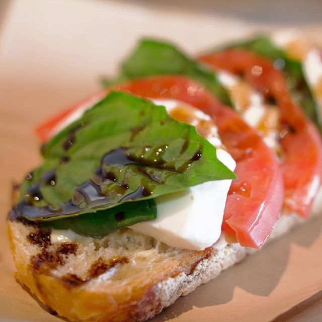 Calling all health nuts! Our Caprese Sandwich is the perfect Vegetatian friendly option for you. Come by to try it out today! 📍: 1322 Coronado Ave Long Beach, CA 90806 OPEN TUES-SUN 11AM - 7PM . . . . . . . . . . . #vegetarian #cow #happyhour #lunchspecial #longbeachfood #longbeachstuff #reasonstolovelongbeach #lbc #longbeachcity