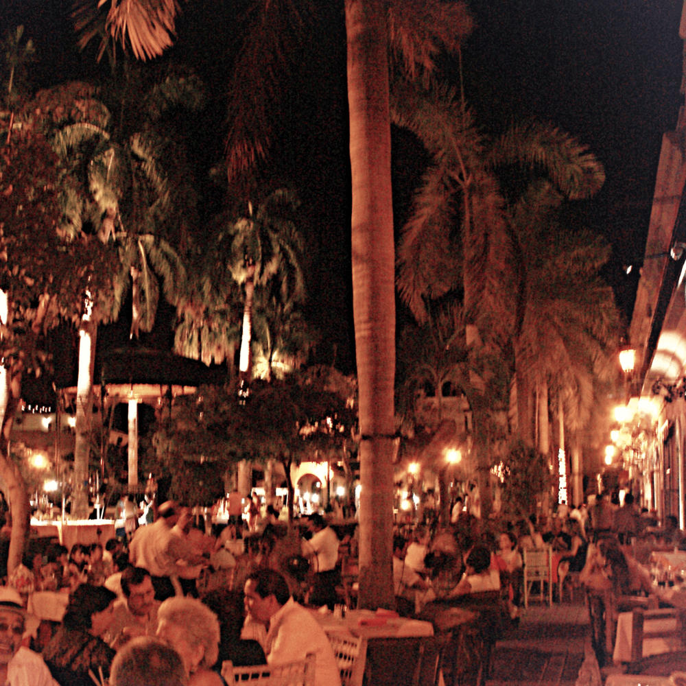 plaza machado mazatlan
