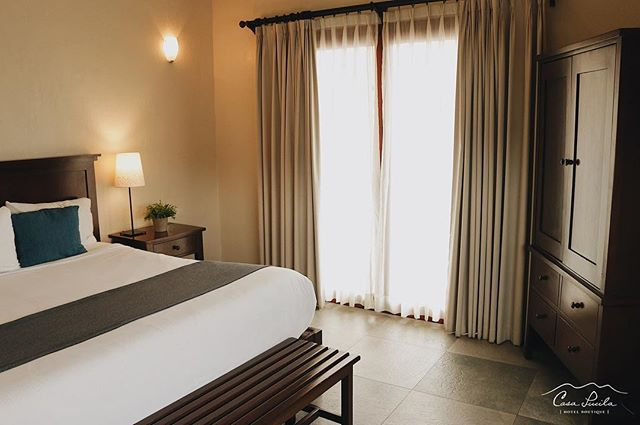Enjoy the comfort and calm of our rooms. . . . #casalucila #mazatlan #visitmexico #comfy #photooftheday #instadaily #instagood #visualsoflife #enjoyinglife #travelgram