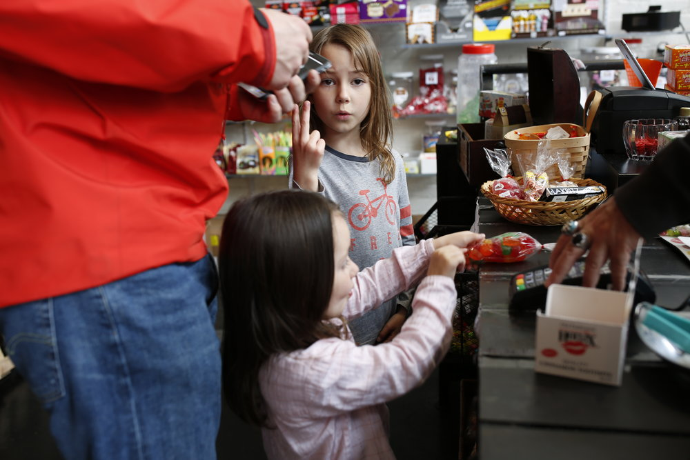 kids at a candy store