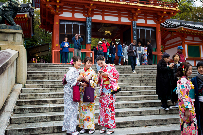 "Girls in the Gion district of Kyoto.  According to the Kyoto ""Time Out"" magazine, Japanese youth are again embracing the beauty of the kimono."