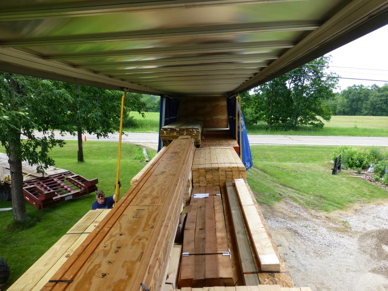 Log Home in Laingsburg, Michigan — The Leelanau Log