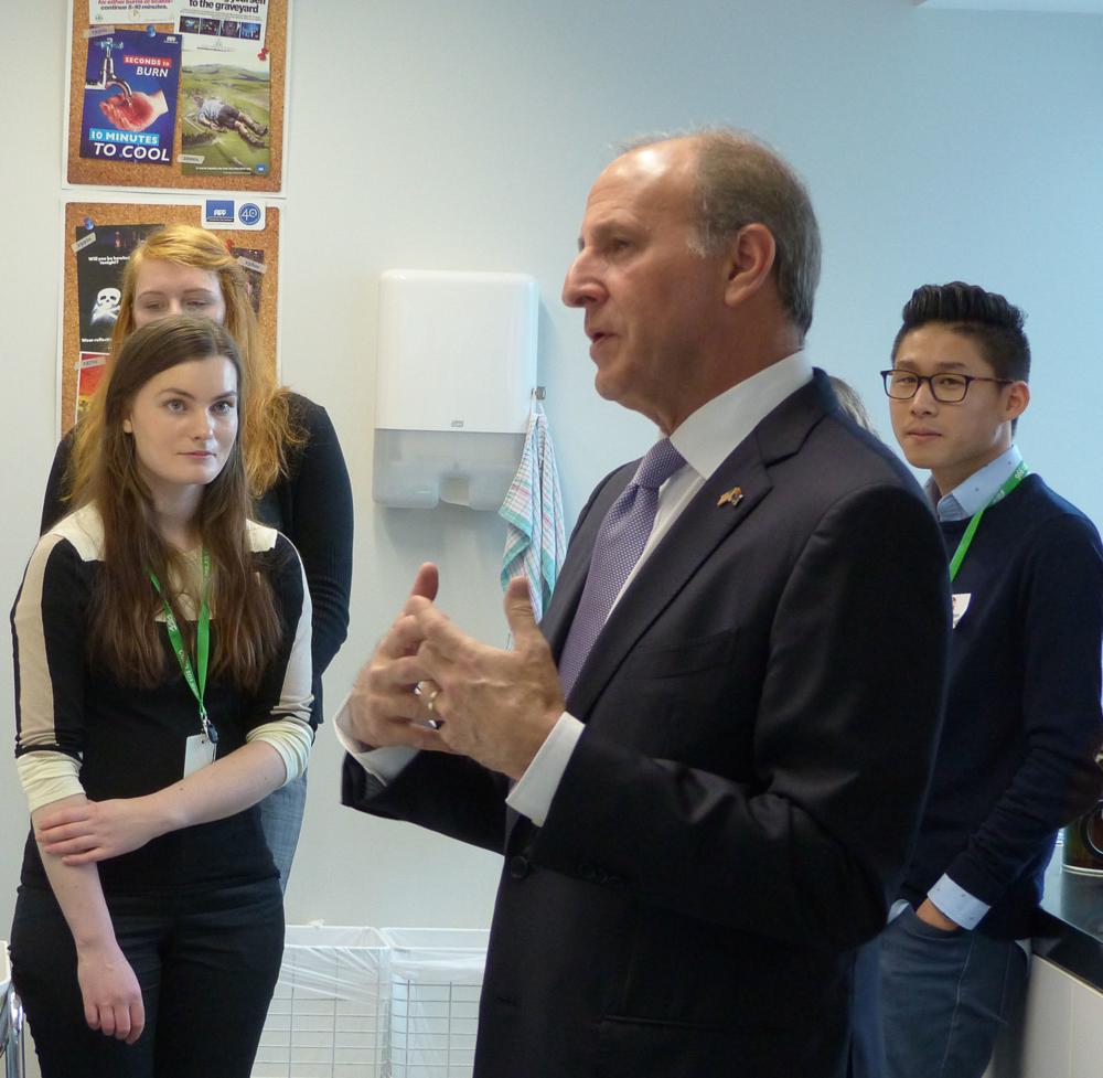 US Ambassador Mark Gilbert speaking to mentees at the Wellington workshop
