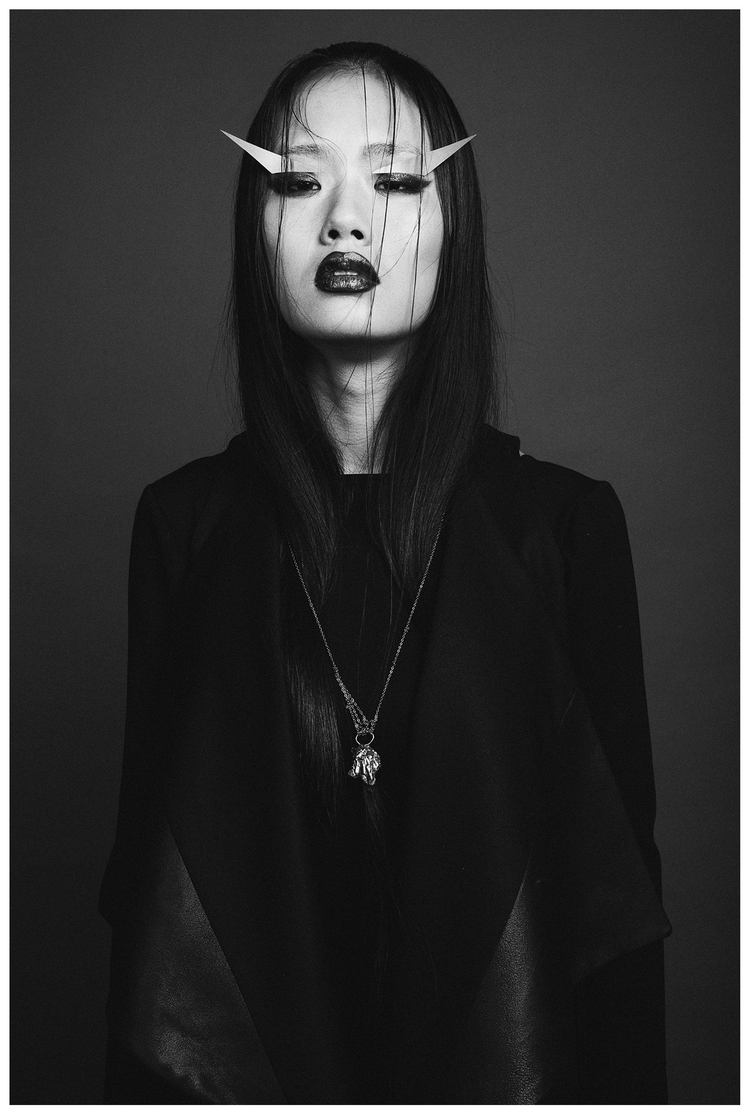 MONO NO AWARE   |   Photography Julien Lapperière | MUA Tamsen Rae | model Candice Xu (Dulcedo)