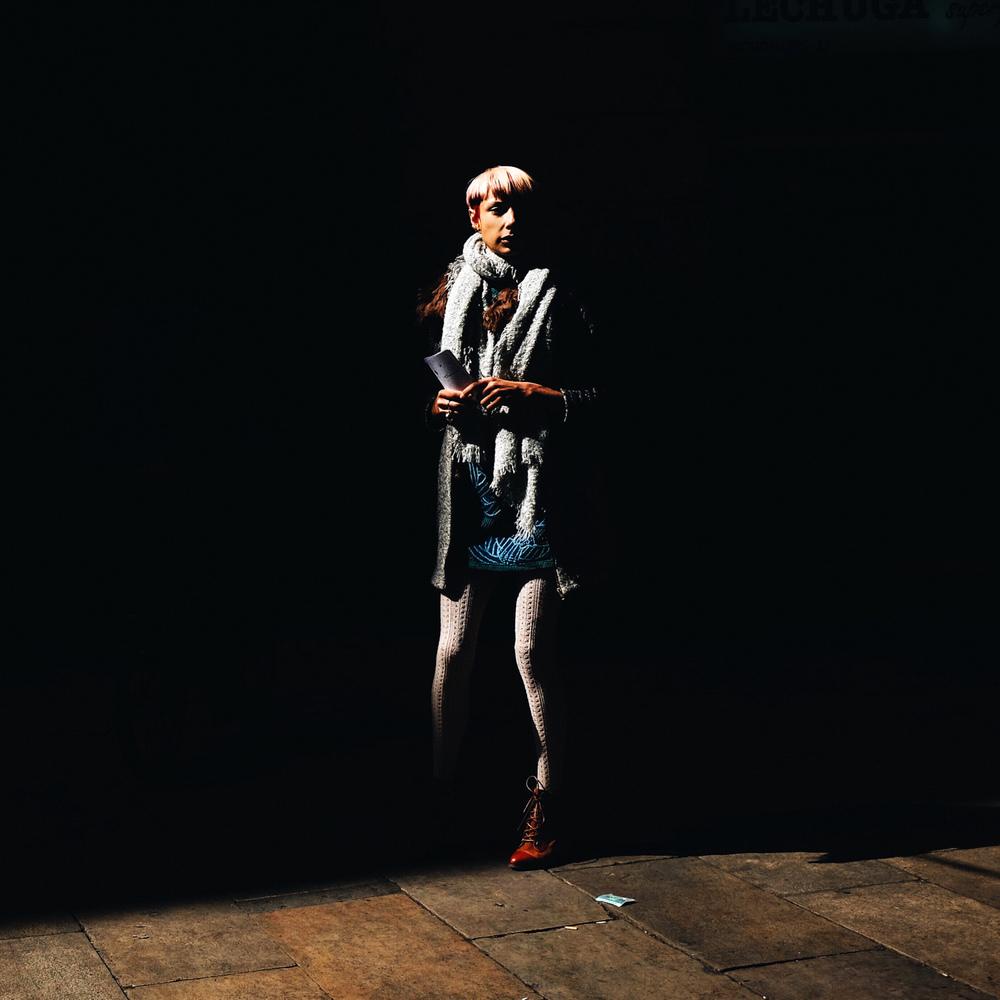 cp bcn lady chiaroscuro web 2016.jpg