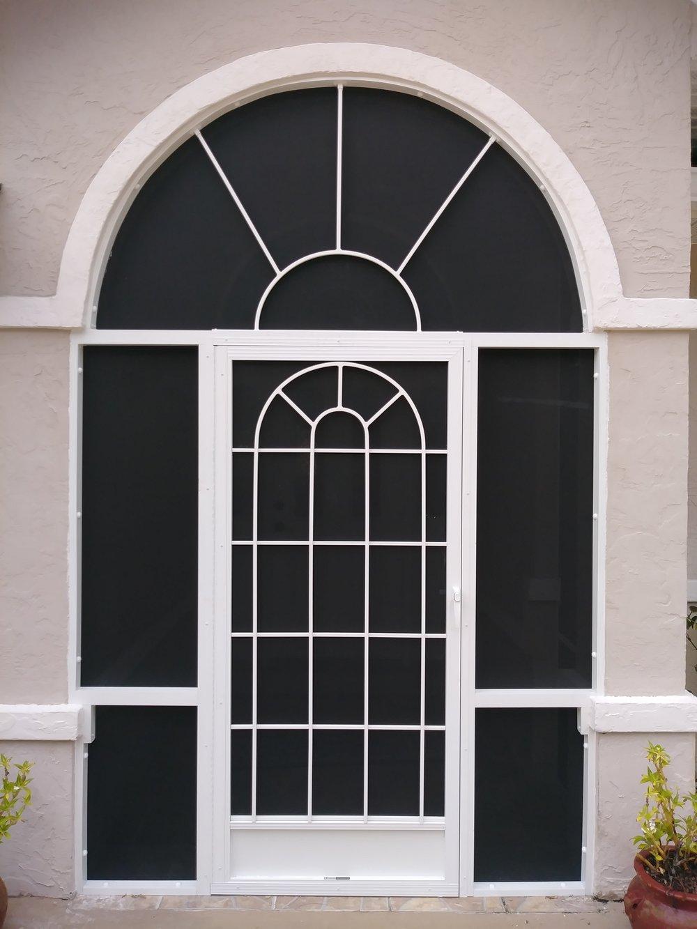 Colonial Arch w/ Sunburst