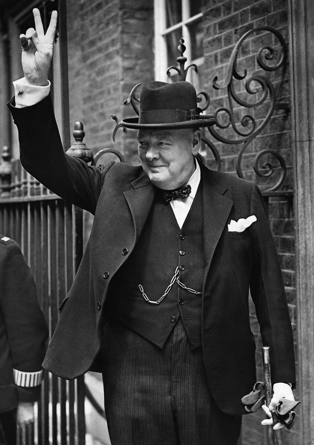 BBC's 1941 'V for Victory' campaign, Winston Churchill promotes