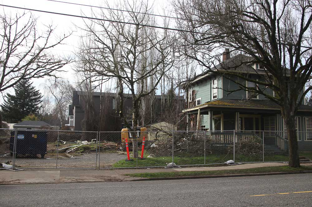sold by salgado _7805 SE 13th-1_francisco-salgado_sellwood-westmoreland-development_.jpg