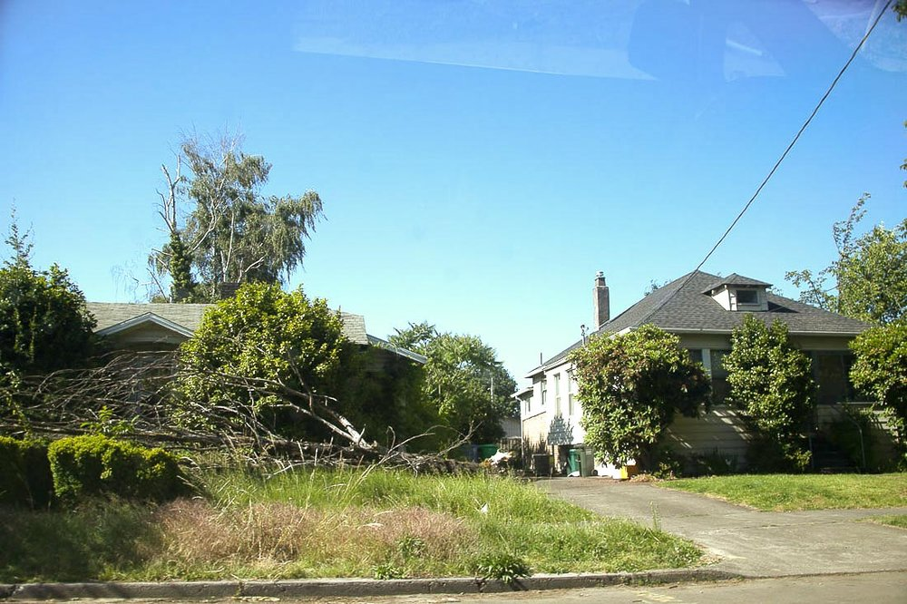 sold by salgado 2027SE Harold  Ave.1_francisco-salgado_sellwood-westmoreland-development_.jpg