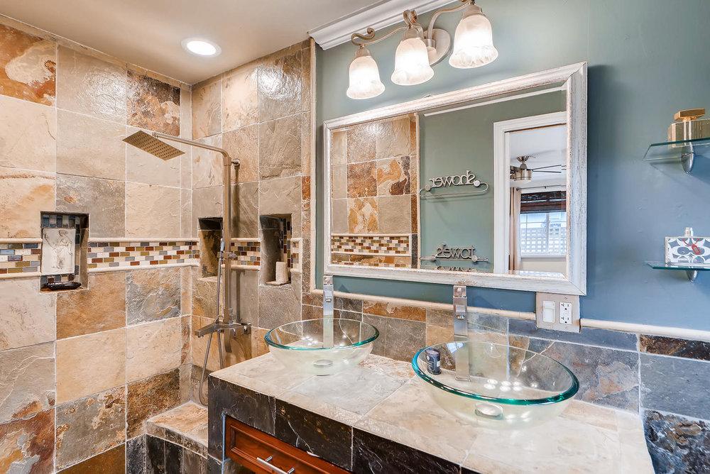 2310 NE 143rd Ave Portland OR-large-015-8-Master Bathroom-1499x1000-72dpi.jpg