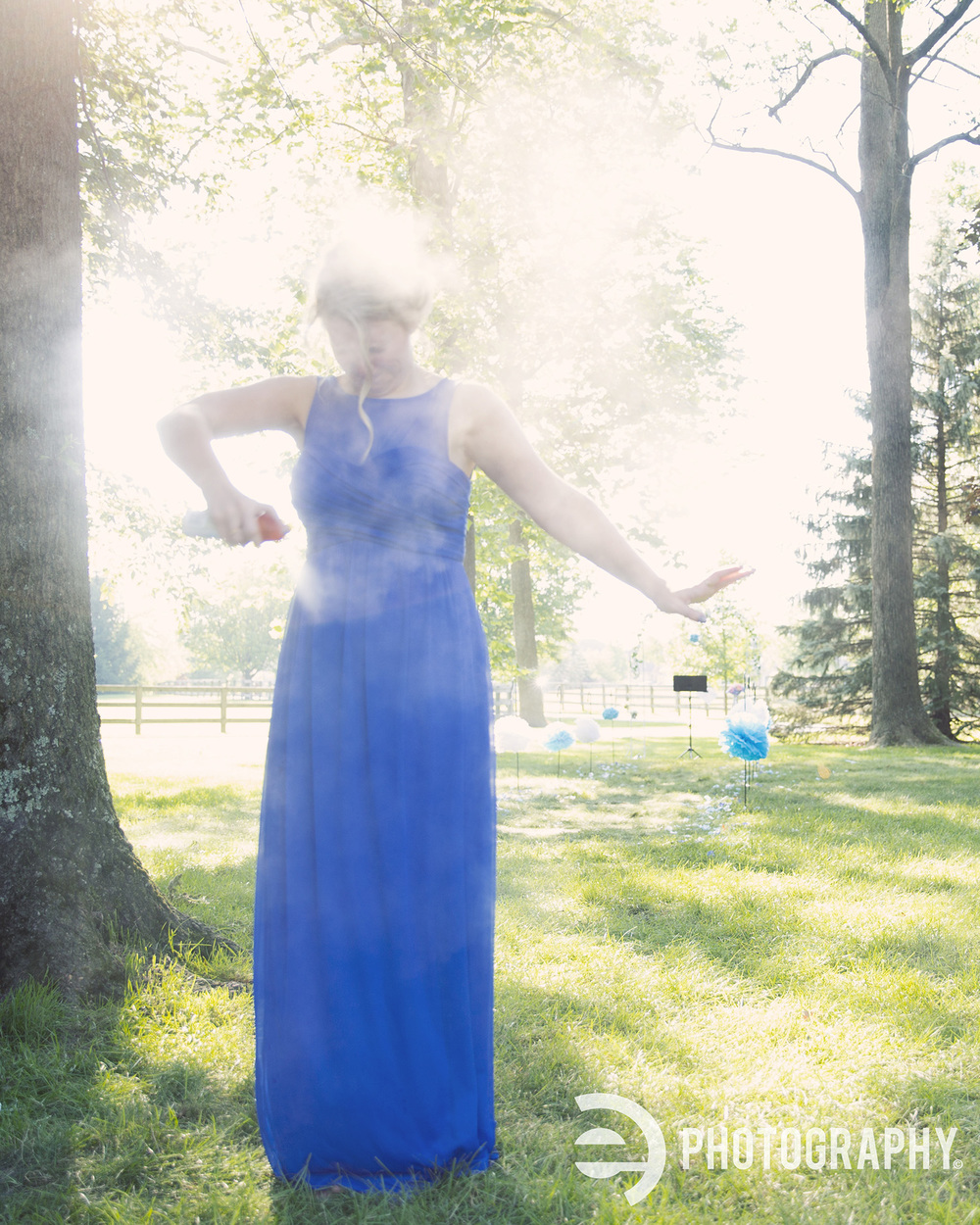 Have you ever seen such an angelic maid of honor? #bugspray